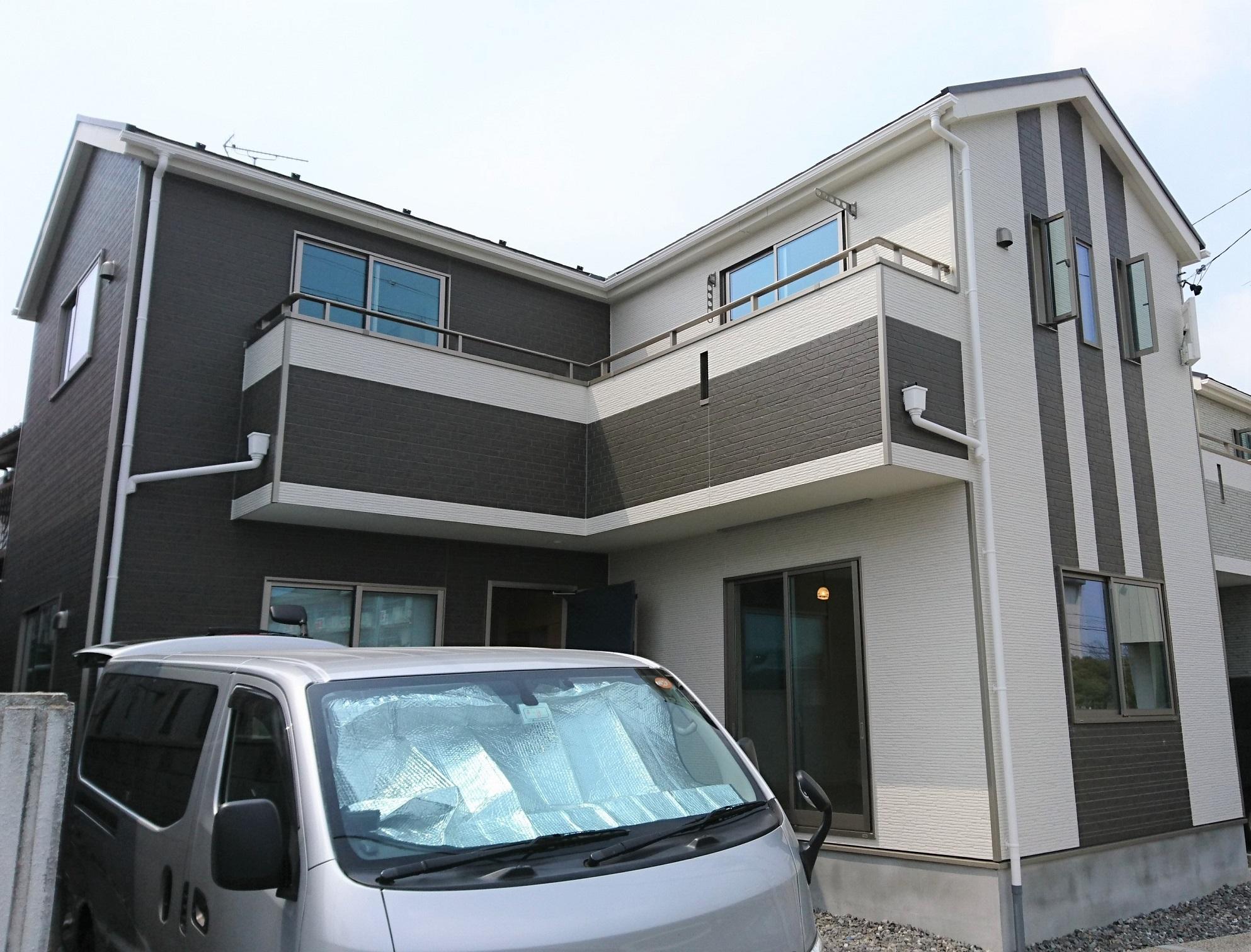 愛知の新築住宅:アーネストワンへUVフロアコーティング